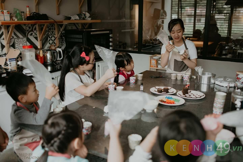 Lớp học dạy làm bánh cho bé tạo Leo's Kitchen