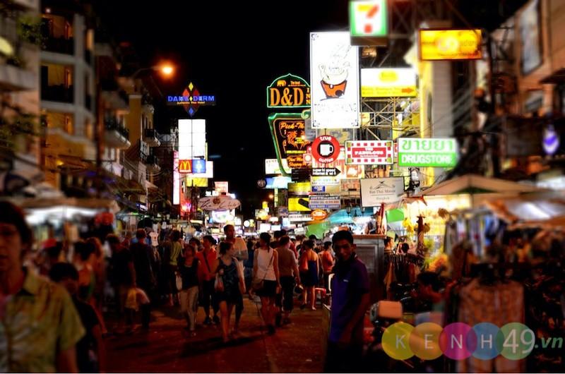 Đường Khaosan về đêm