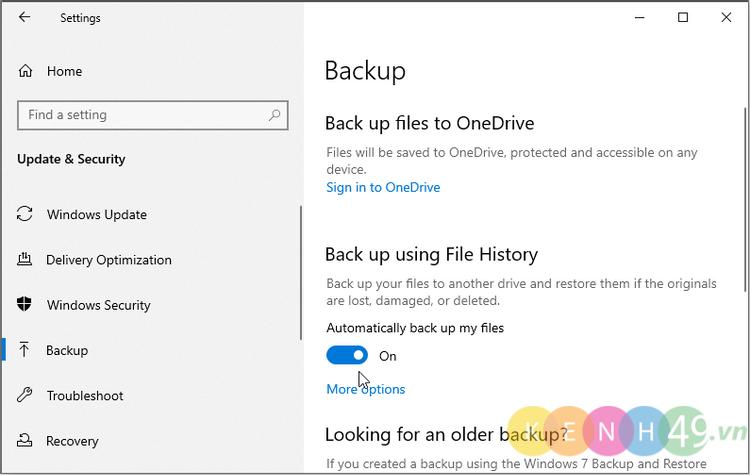 Bật File History